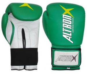 Boxing Gloves Made by Artificial Leather / genuine leather  and top quality vinyl with perfect combi